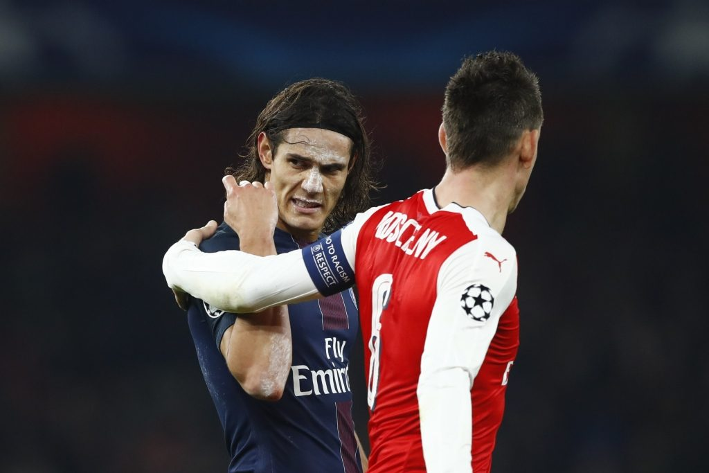 Britain Football Soccer - Arsenal v Paris Saint-Germain - UEFA Champions League Group Stage - Group A - Emirates Stadium, London, England - 23/11/16 Paris Saint-Germain's Edinson Cavani and Arsenal's Laurent Koscielny after the game Reuters / Eddie Keogh Livepic EDITORIAL USE ONLY. - RTST18C